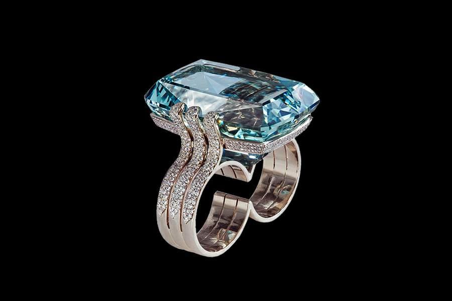 из драгоценных материалов ручной работы. кольца и перстни из золота, платины, палладия, серебра, бриллиантов, рубинов